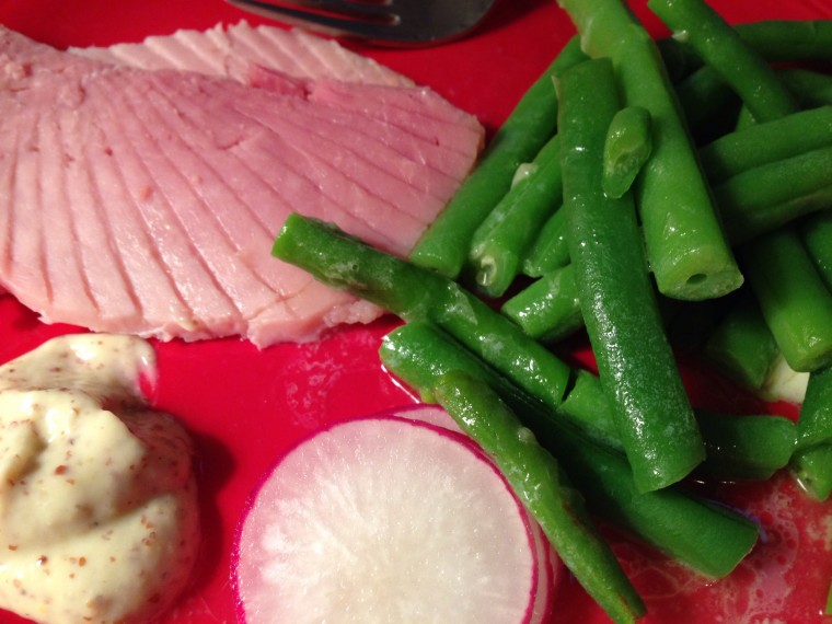 Foodshare includes green beans and radishes this week. ©D.L. Ewbank